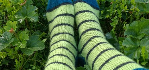 Rounded toe pattern, stripe socks