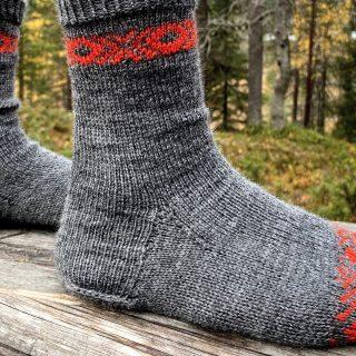 Dutch heel pattern for cuff down socks